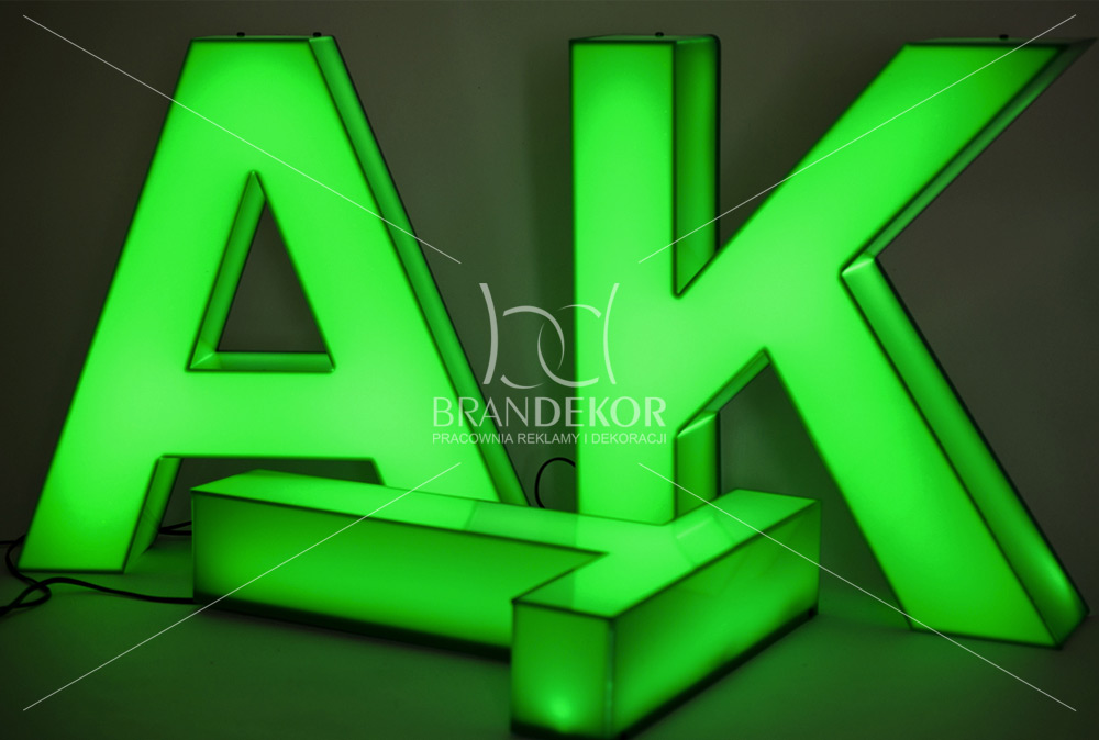 Litery 3d Podświetlane Z Plexi Litery Przestrzenne Są
